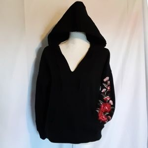 AMERICAN EAGLE OUTTFITTERS HOODIE